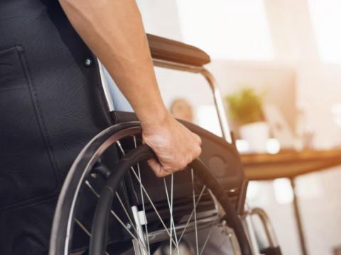 Empleo - Asistente Cuidados Personales