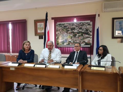 Escazú y Naranjo defienden eficiencia en ejecución de préstamos del IFAM